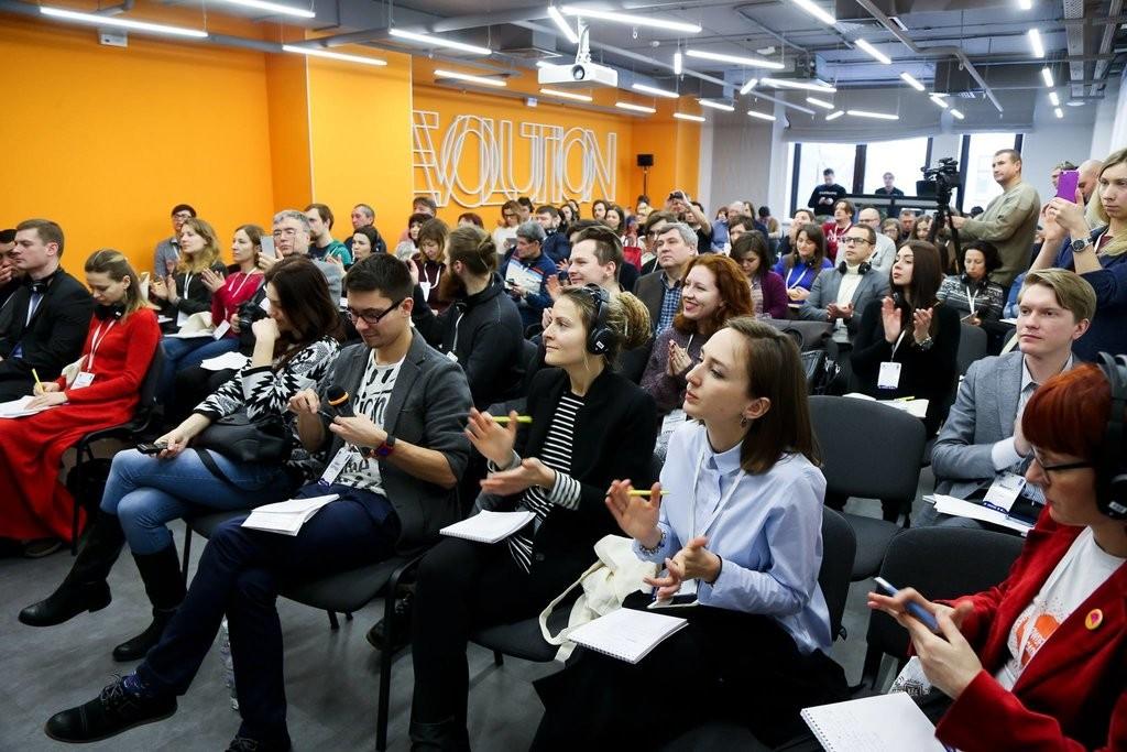 Mašenjka Goes Crowdfunding in Kyiv